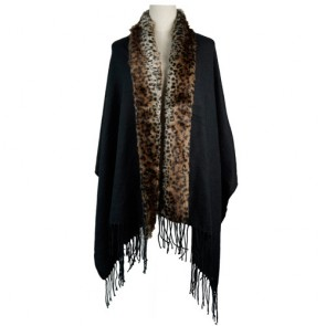 Classic Oversized Lady Wrap with Faux Fur